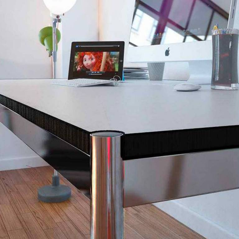 TABLE HALLER